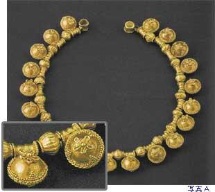 jewelryhistory5.jpg