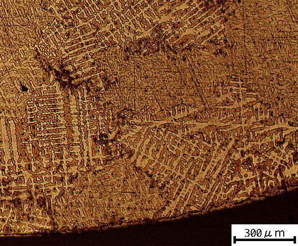 微細化していない地金の顕微鏡写真